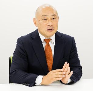 代表取締役社長 COO 板波英一郎